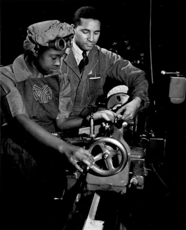 african-americans-wwii-250